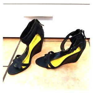 Nine West black wedge heel, size 9, zip closure